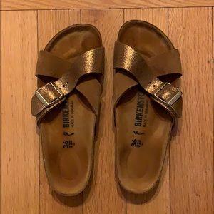 232befec944 Birkenstock Shoes - EUC Birkenstock Siena Exquisite Sandals